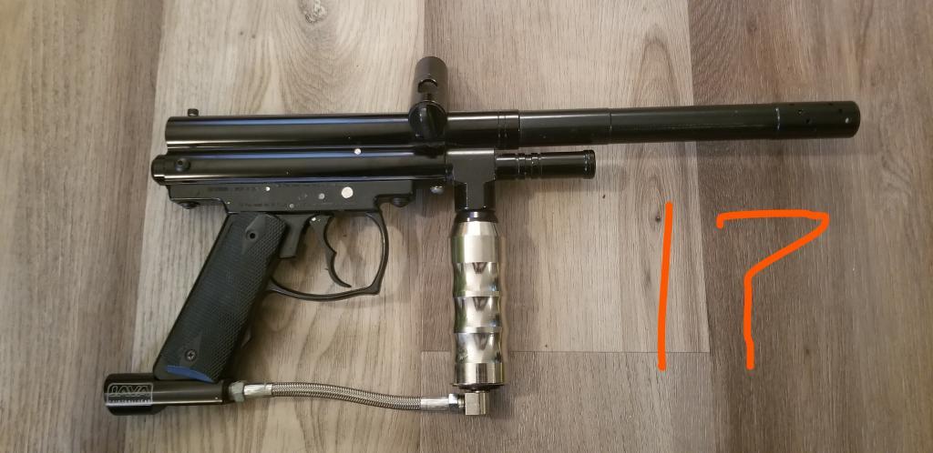 Name:  Spyder Black 17 R.jpg Views: 364 Size:  68.8 KB
